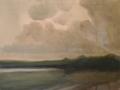 Pilvinen rantamaisema